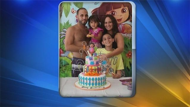 Carlos Gavilanes and family2