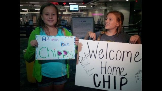 Family friends arrive at FLL
