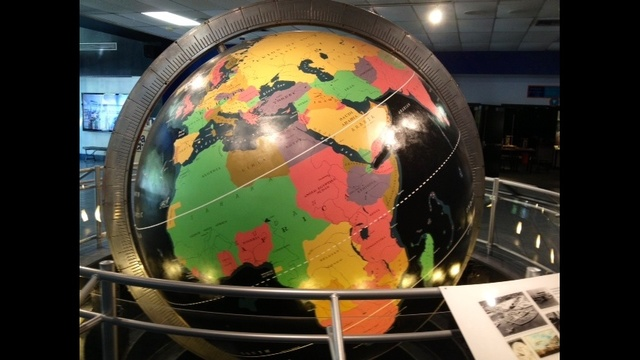 Globe going to either history museum_17834370