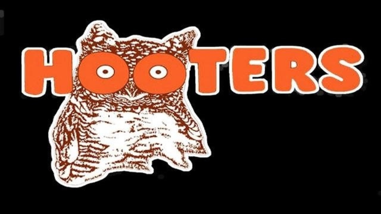 78°Gunman robs Hooters in Boca Raton              Man fatally shoots wife in Miami Gardens, authorities say                    Couple locked puppy in trunk of car while shopping at Florida mall, police say