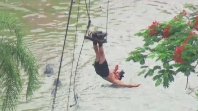 Criss Angel gator escape