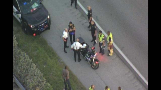 officer-crash2.png_20630882