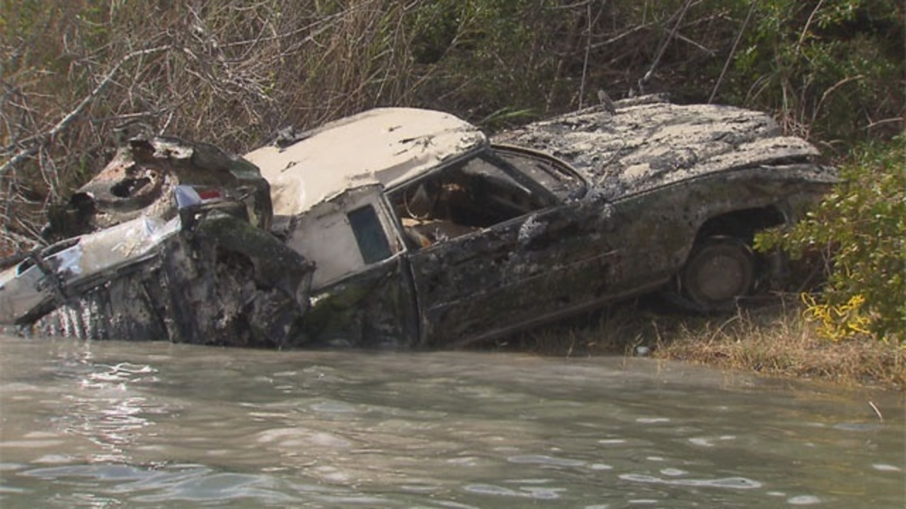 25 Cars Found In Pembroke Park Lake