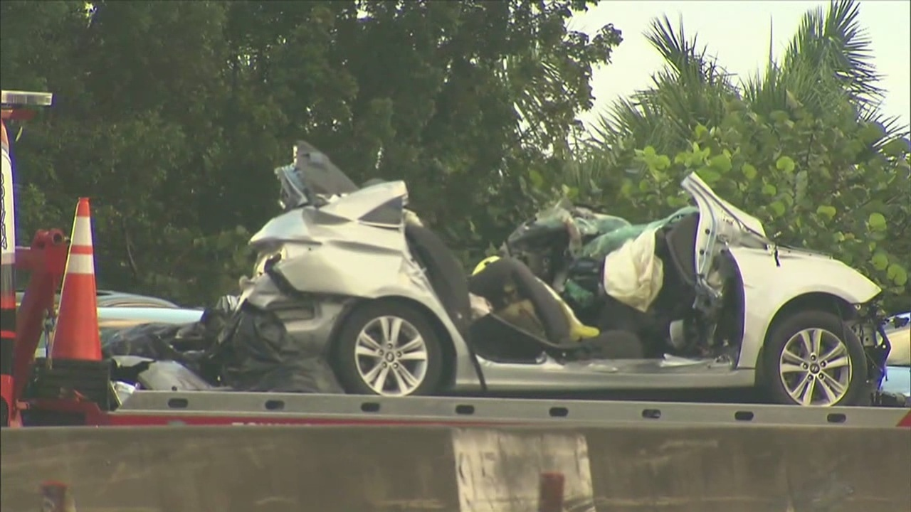 5 killed in wrong-way crash on northbound I-95
