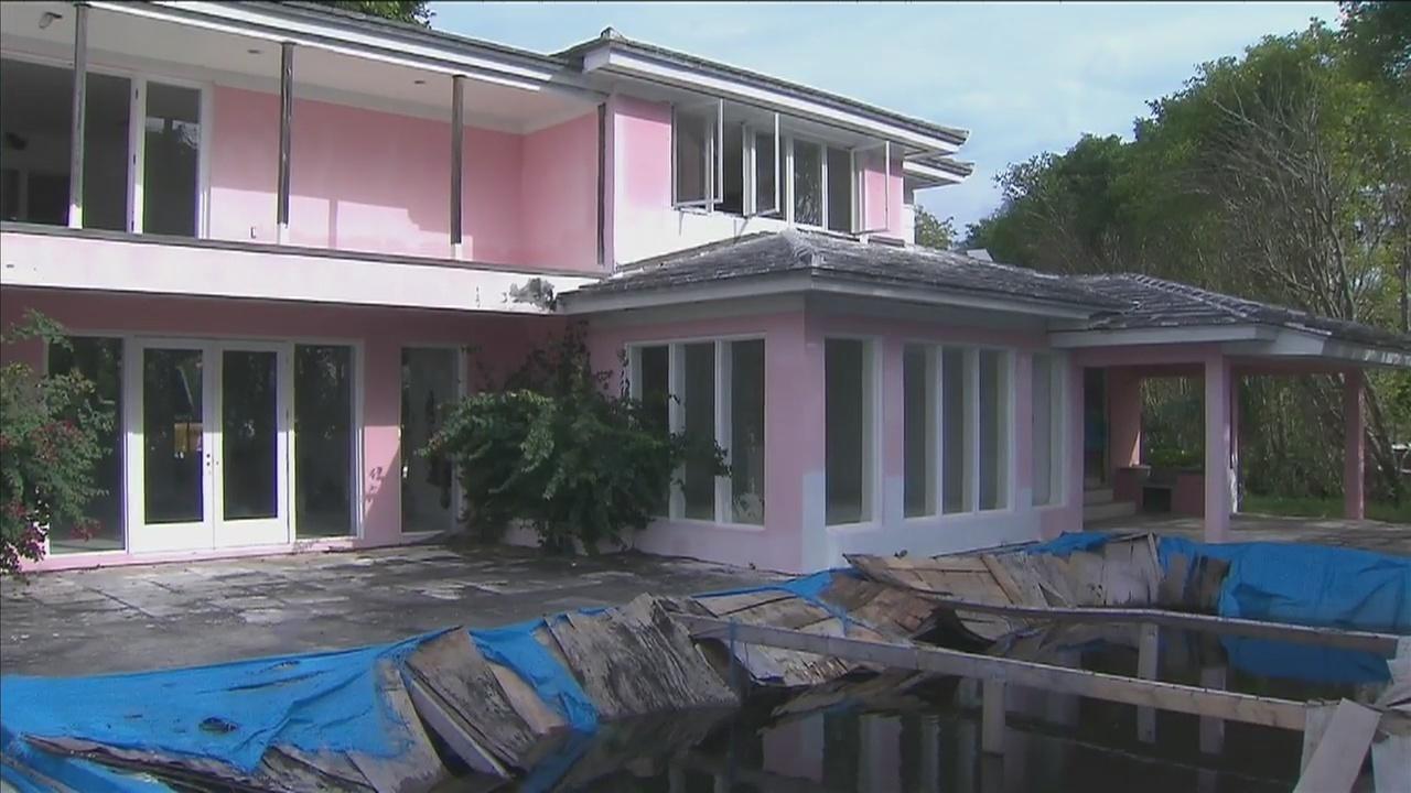 Local 10 News Tours Pablo Escobar 39 S Former Miami Beach Home