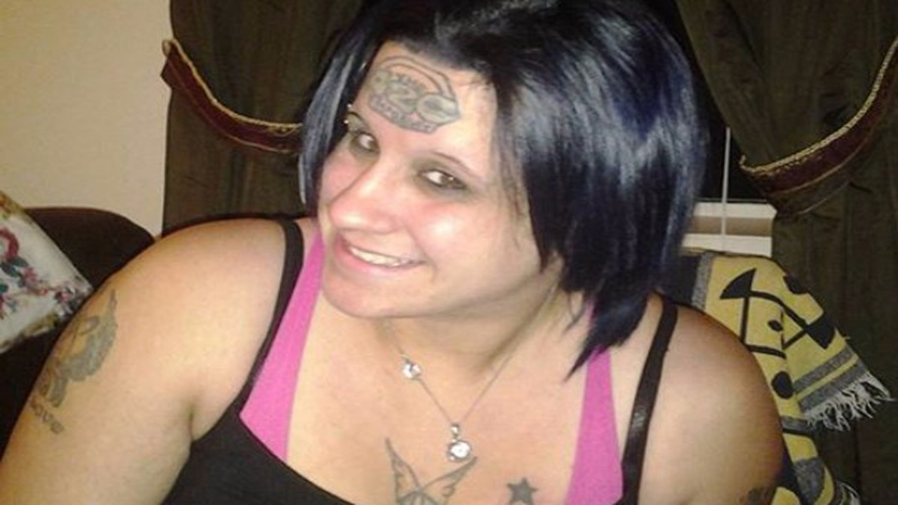 Woman wants '420' tattoo removed from forehead