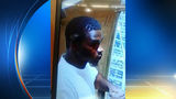 Police searching for man who stole 10 karat gold necklace from market