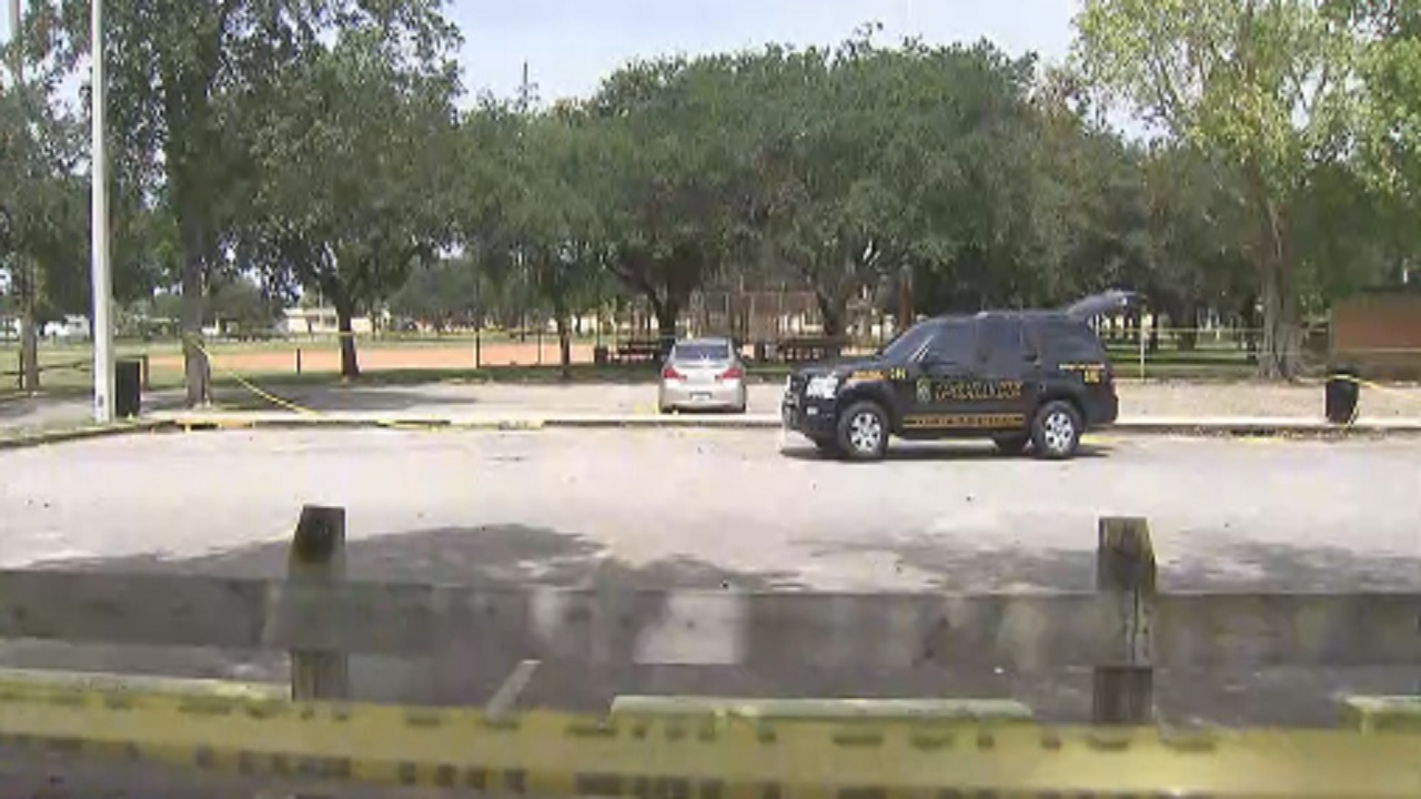 Miami Gardens Police Offer Safety Tips After 2 Shot While