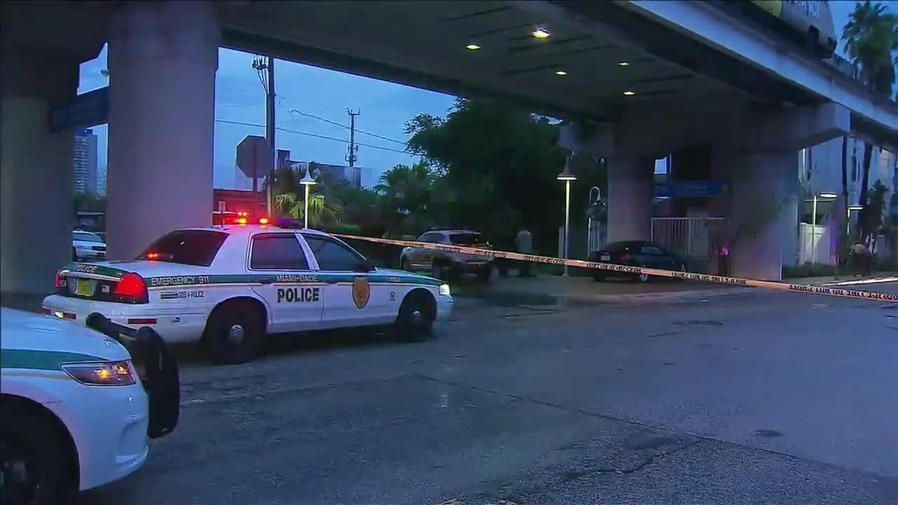 Panhandler Shot By Guard At Miami Metromover Station