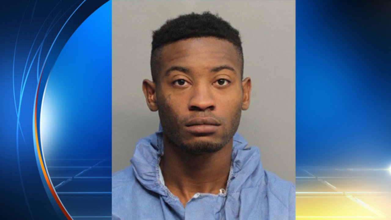 Man arrested after posing as cop, exposing himself to
