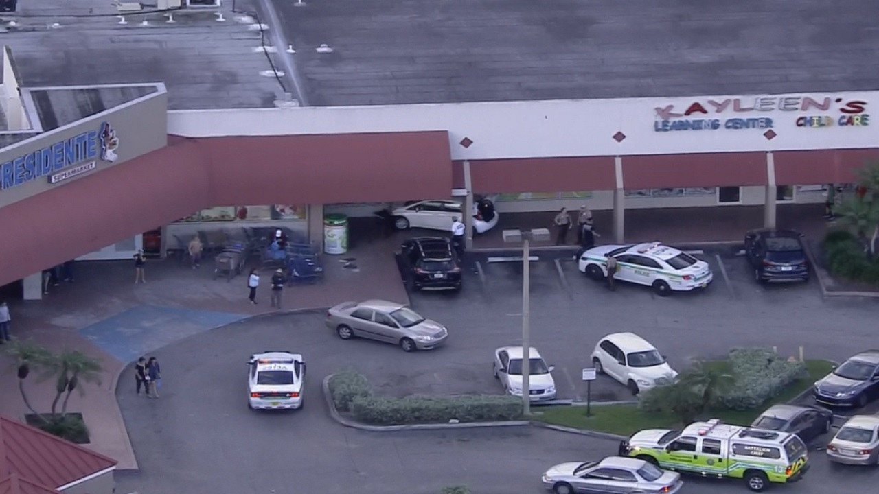 Driver hops curb in front of supermarket, daycare on ...