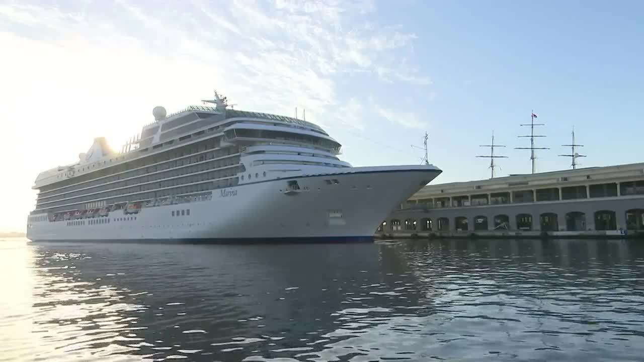 Oceania Cruises makes history with stop in Cuba
