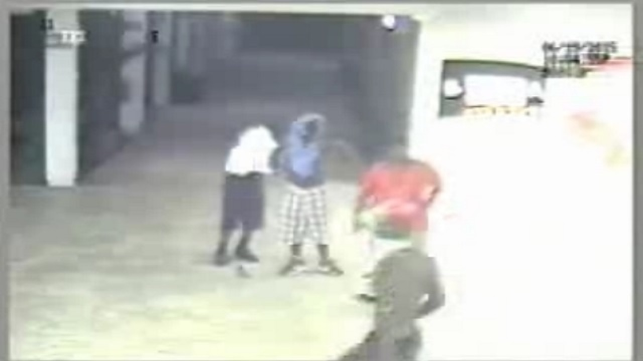 Kids Break Into School Steal Munchies From Vending Machines