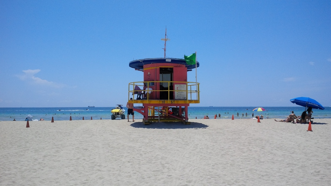 d8a89ab6e98 Miami Beach lifeguard stands to be taken down