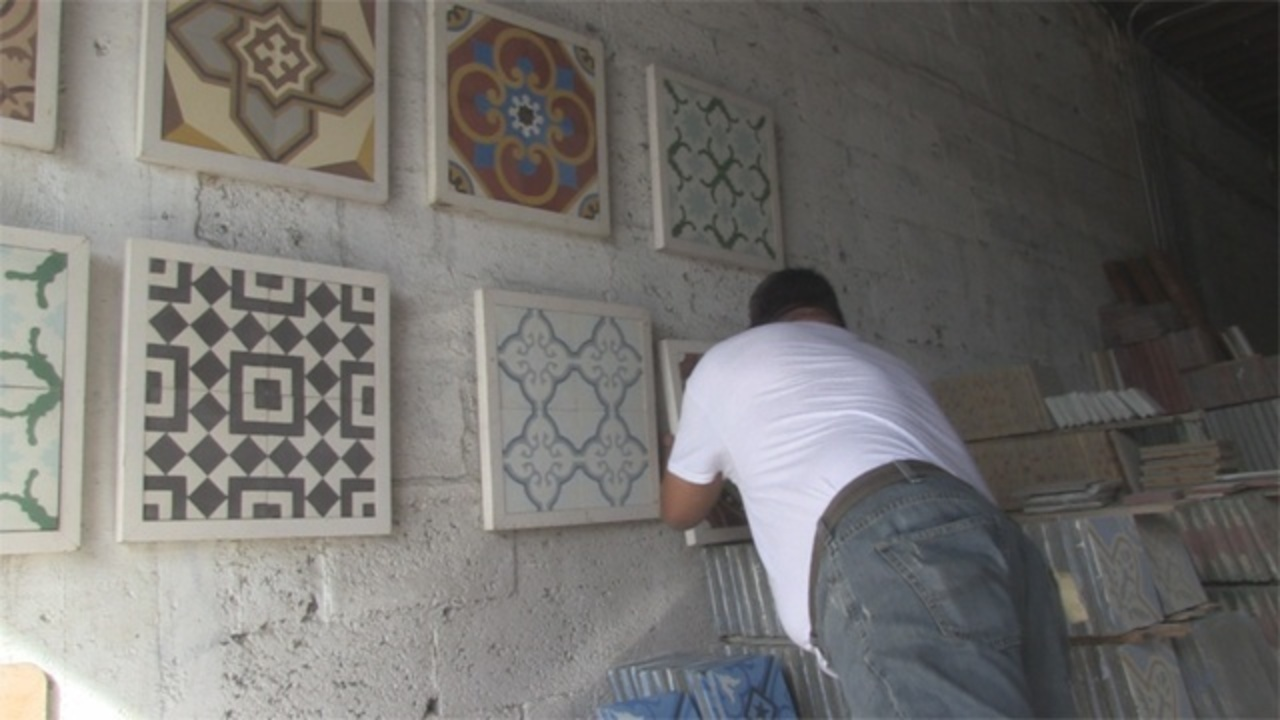 Business Makes Cuban Tiles By Hand