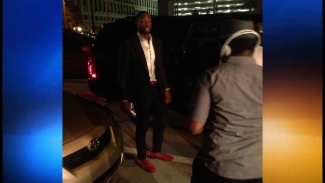 Dwyane Wade surprises teen at prom