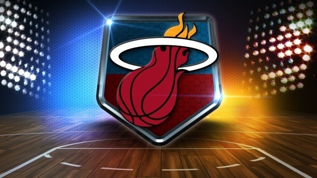 Heat stay perfect at home, beat Pelicans 109-94