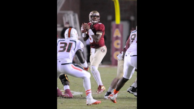 Jameis-Winston-drops-back-to-pass-vs--Miami-jpg.jpg_27716068