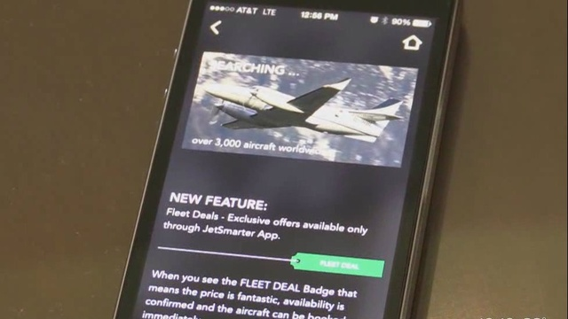smartphone app allows flyers to book private jets