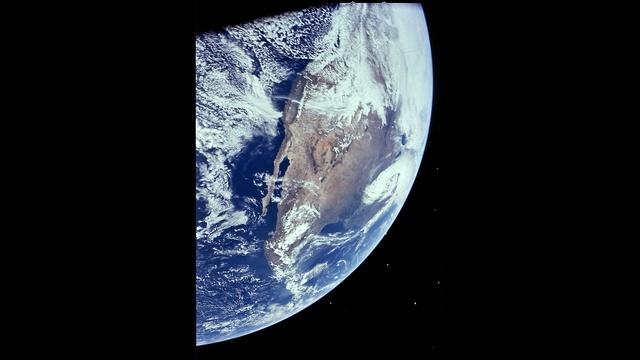 NASA 2_25605012