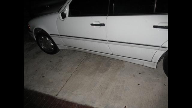 Towed car_18193178