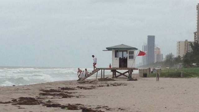 Red Flags Flying At South Florida Beaches_22975500