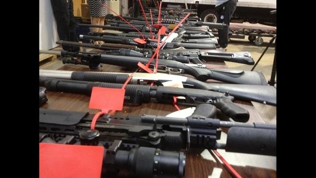 Guns_21451672