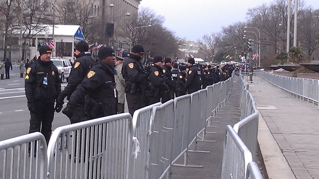 Police outside barriers_18212854