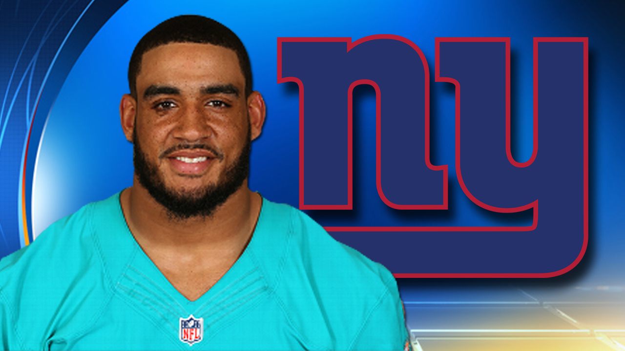 Vernon signs record contract with Giants