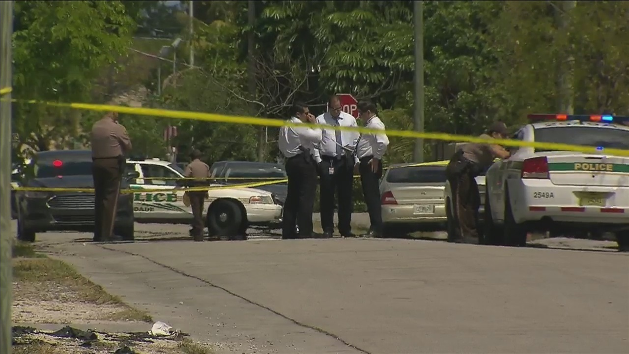 1 Killed 1 Injured In Drive By Shooting Police Say