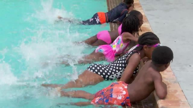 Free swim lessons offered to nearly 200 kids in Opa-locka