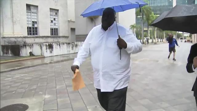 Former Opa-locka city manager surrenders to feds on corruption charges