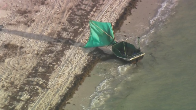Cuban migrants come ashore near Ritz-Carlton in Key Biscayne