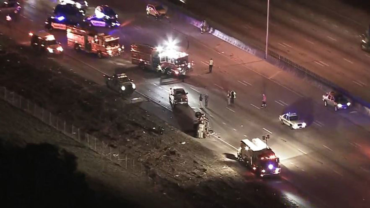 4 hurt in crash on I-95 near Sample Road