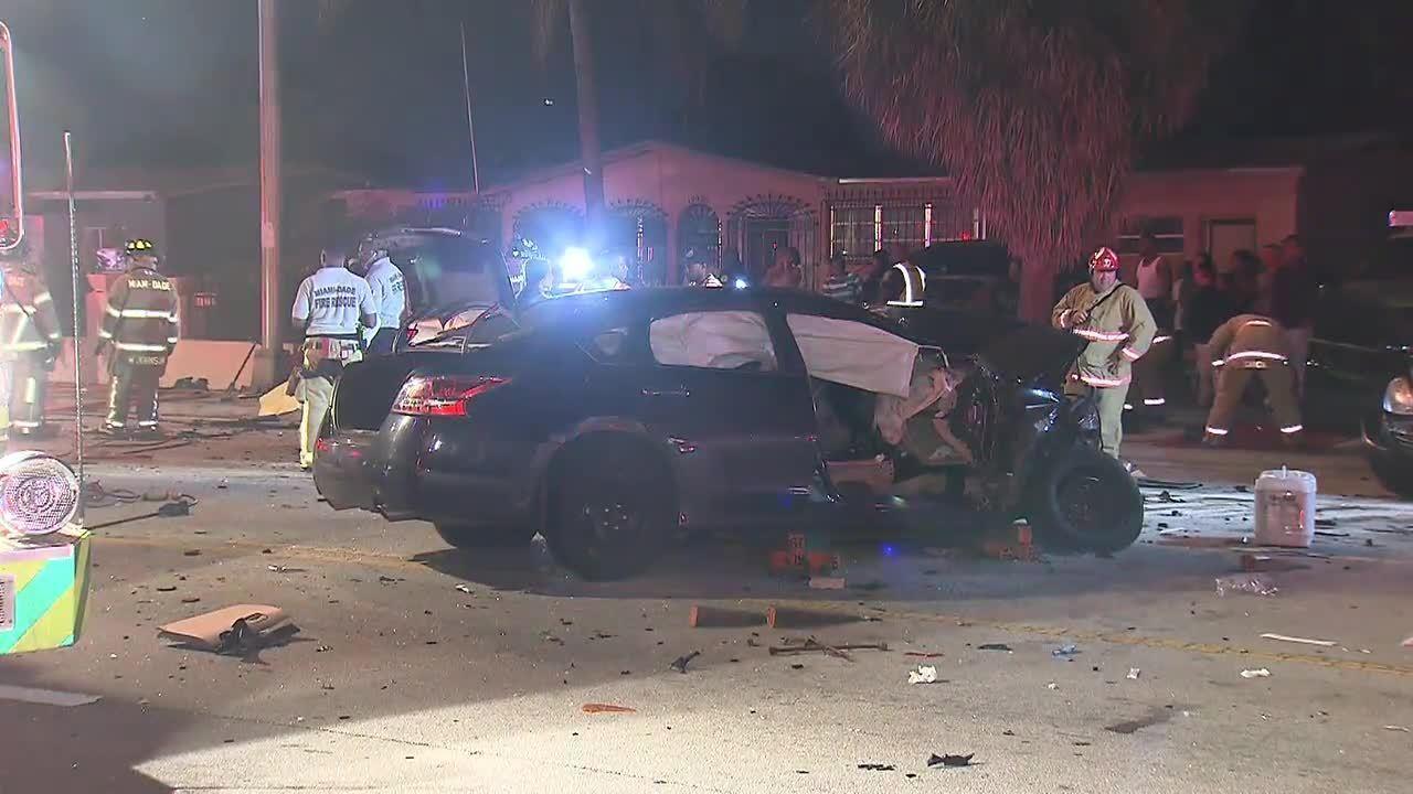 Car Crash Teenager Dies In Miami