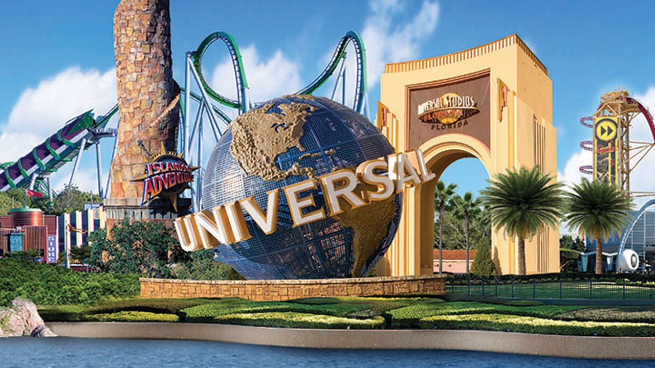 universal orlando looking at building fourth theme park