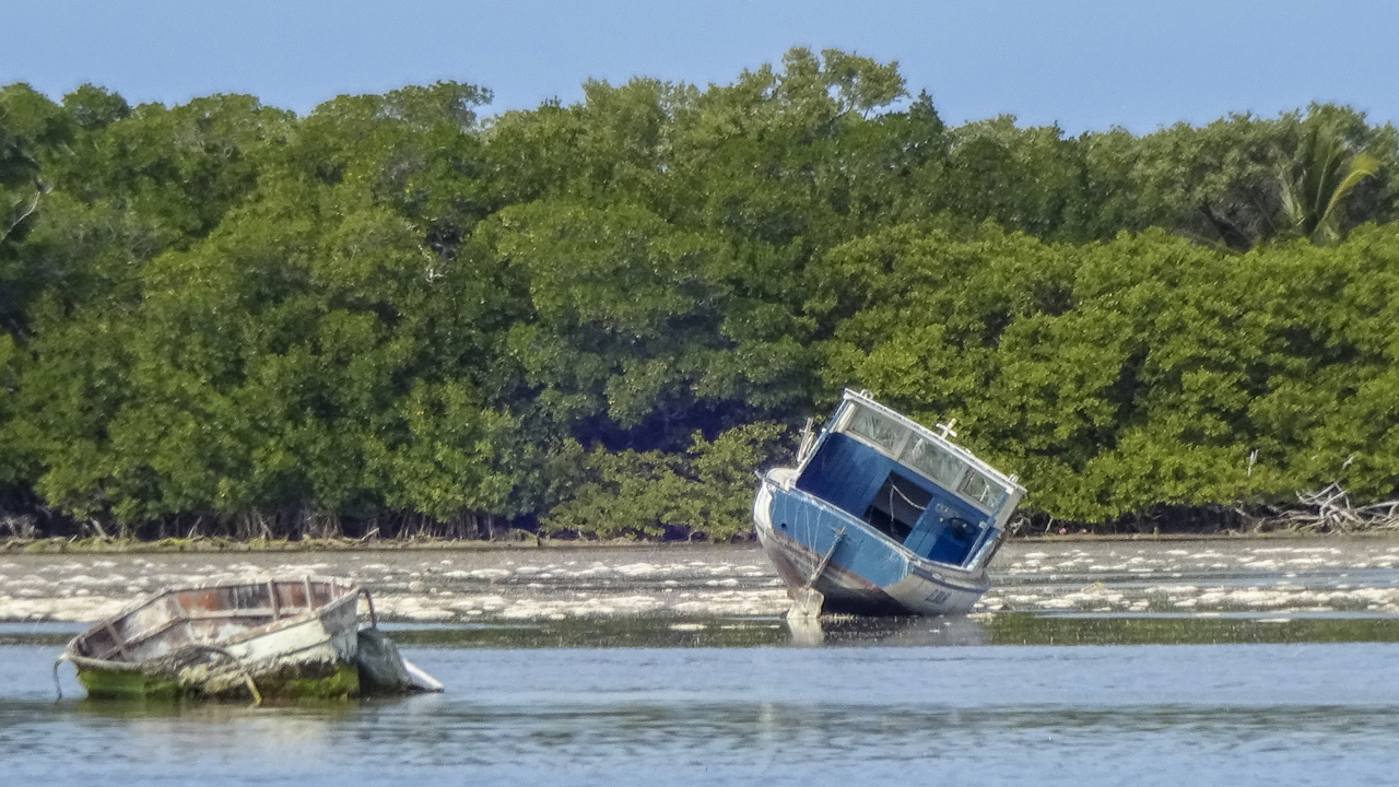 Monroe County to remove 32 derelict boats from Marquesas Keys
