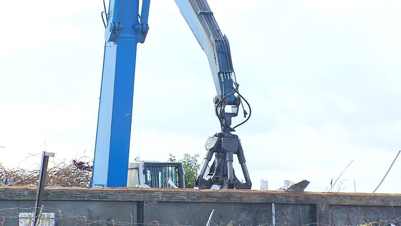 Opa-locka business owners say recycling facility is driving down property values