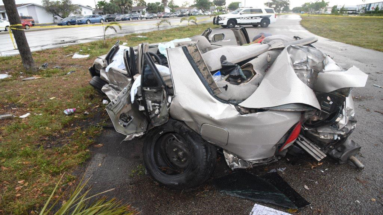 Several people injured in 2 vehicle crash in pembroke pines Miami dade motor vehicle registration