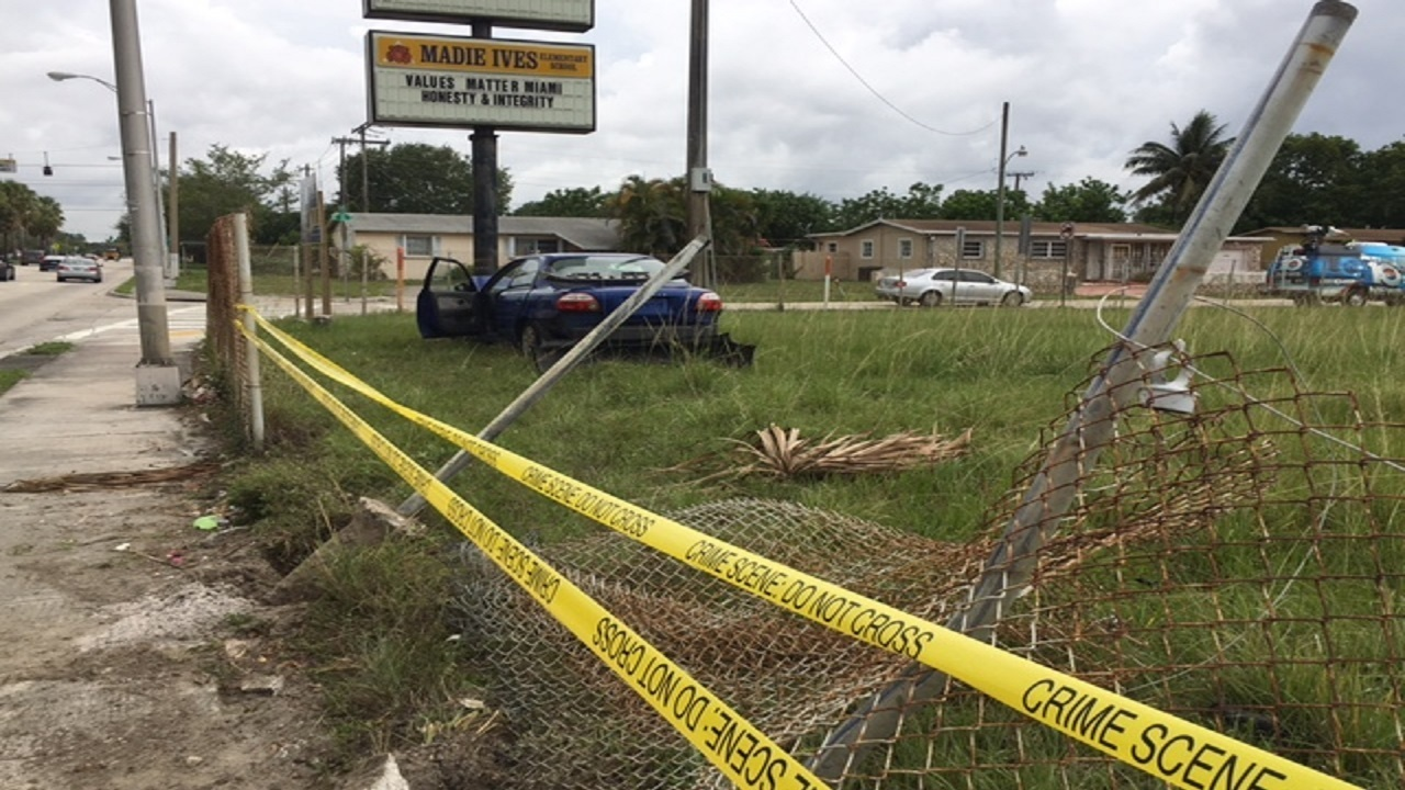 Car crashes into fence outside Madie Ives Elementary in.