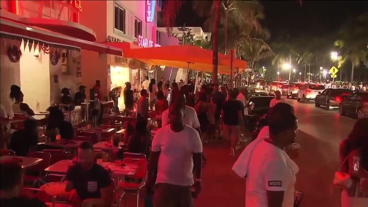 Miami Beach to lose billions from alcohol ban; no reduction in crime, study finds