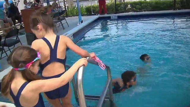 USA Swimming's foundation helps South Florida children get free, reduced swim lessons