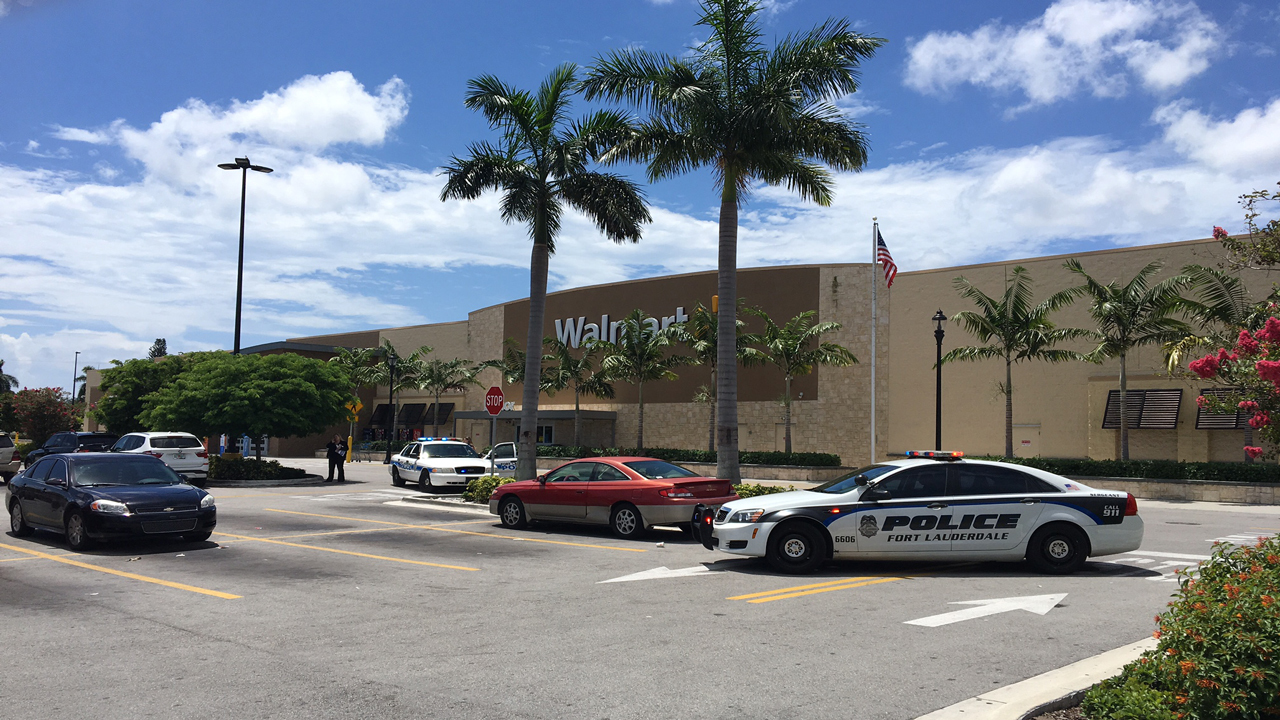 walmart in fort lauderdale evacuated after bomb threat