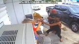 VIDEO: Couple unhappy with food order punches woman, daughter