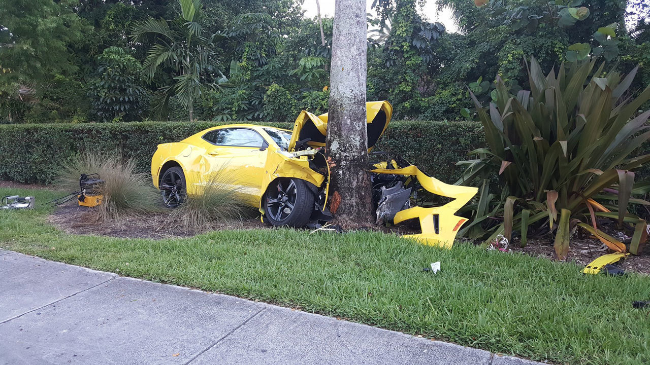 Car Crash In Plantation