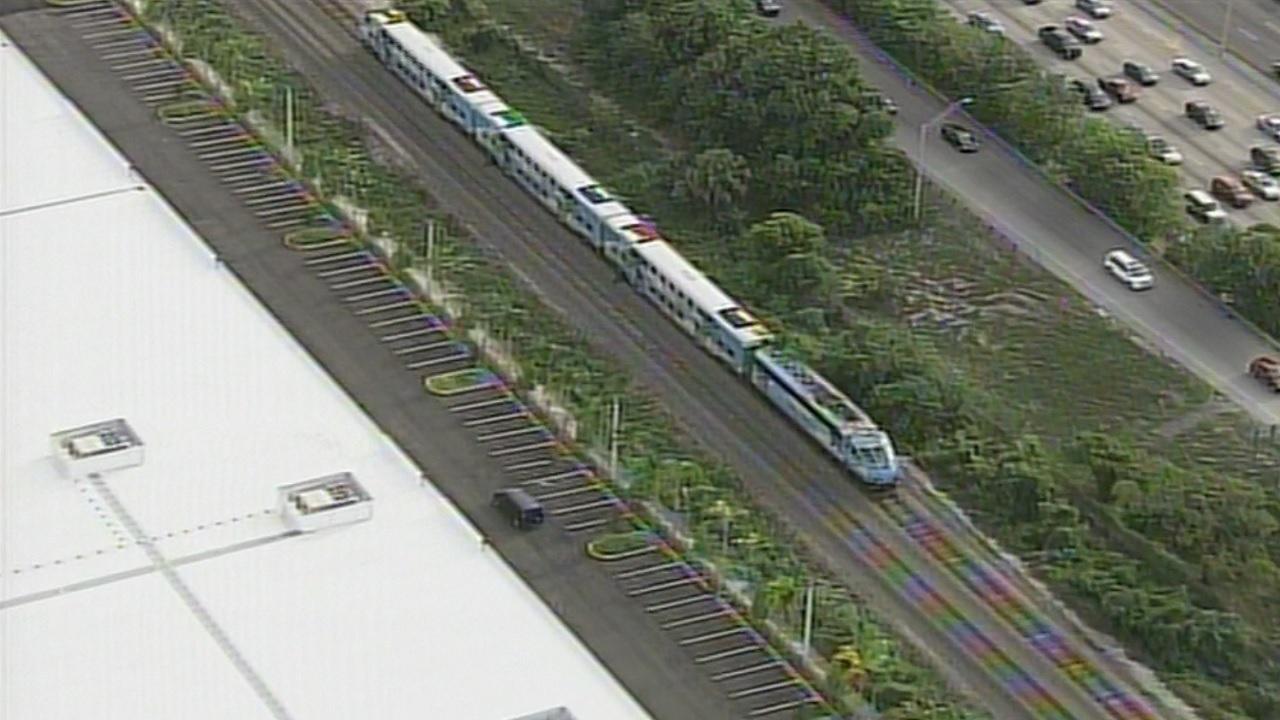 Woman struck, killed by Tri-Rail train in Fort Lauderdale
