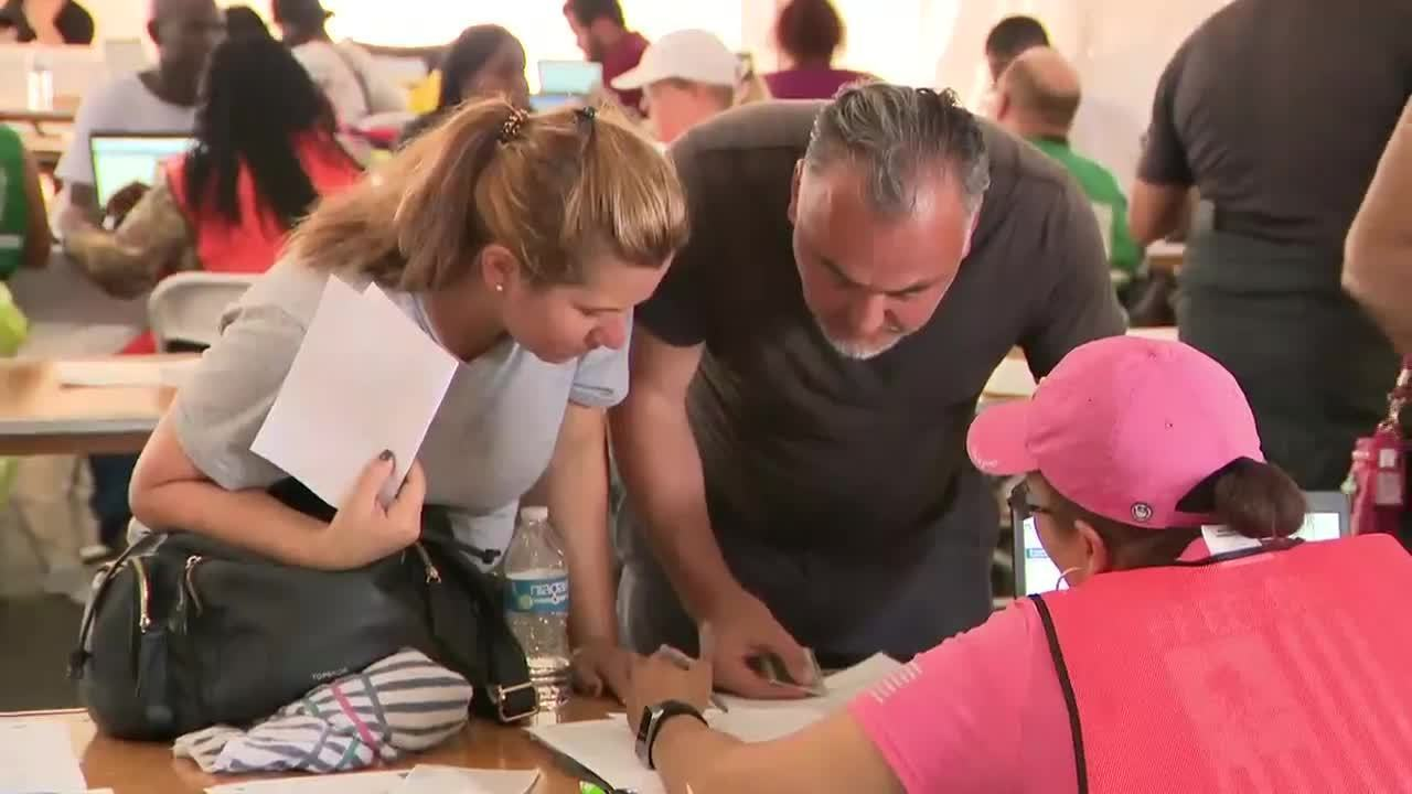 people line up early for food for florida events in south florida