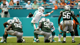 Cutler knocked out&#x3b; Moore leads comeback win over Jets