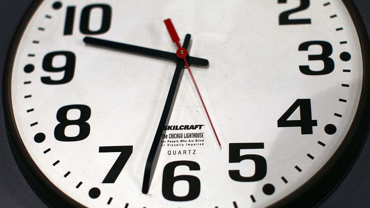 florida lawmaker wants to get rid of daylight saving time. Black Bedroom Furniture Sets. Home Design Ideas