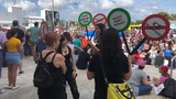 Hundreds rally in Miami for second Women's March